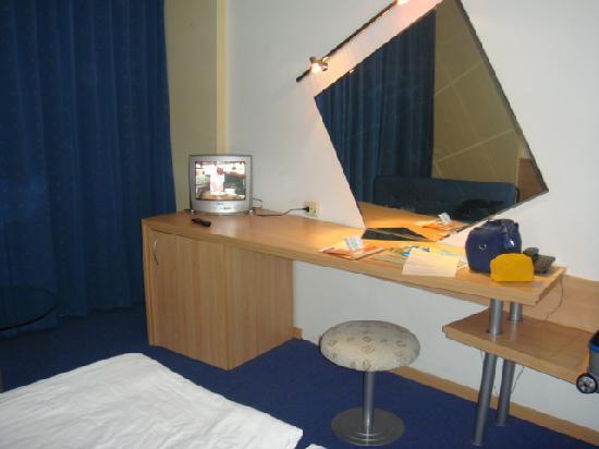 Grand Victoria Hotel : studio room