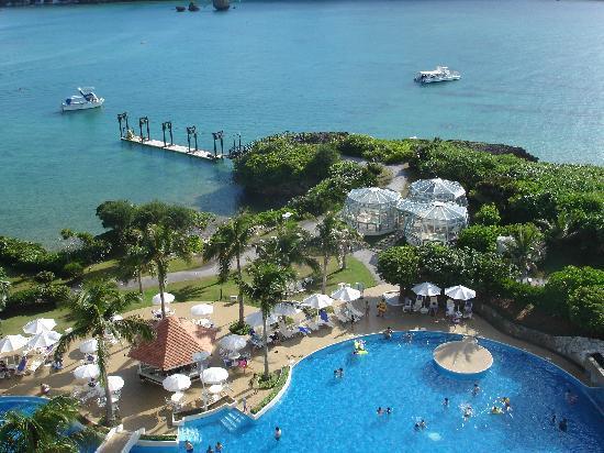 Ana Intercontinental Manza Beach Resort 部屋からの眺望