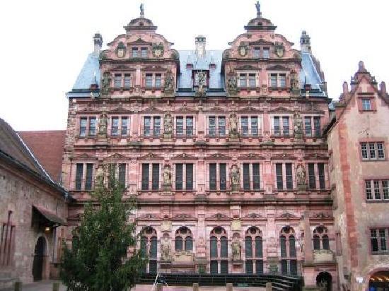 ปราสาทไฮเดลเบิร์ก: ハイデルベルク城