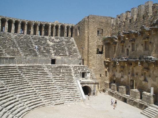 Pegasos World Hotel: Asbendos Amphitheatre