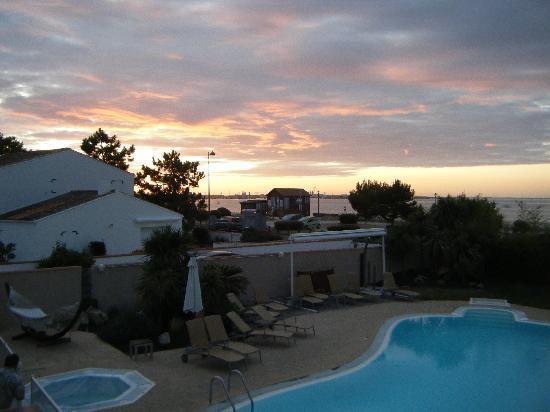 Le Grand Large : sunrise from balcony