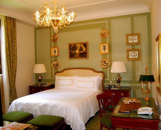 Four Seasons Hotel Firenze: Our beautiful room