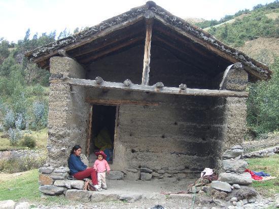 Yanama, بيرو: The Yanama flour mills (water power operate)