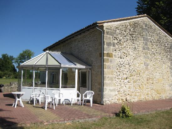 Chateau Julie: conservatory to the gite