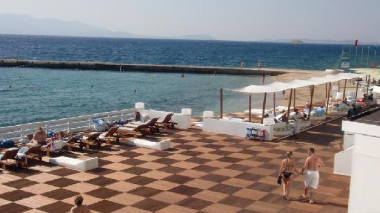 Grand Hotel Ontur: Beachclub / Private Beach