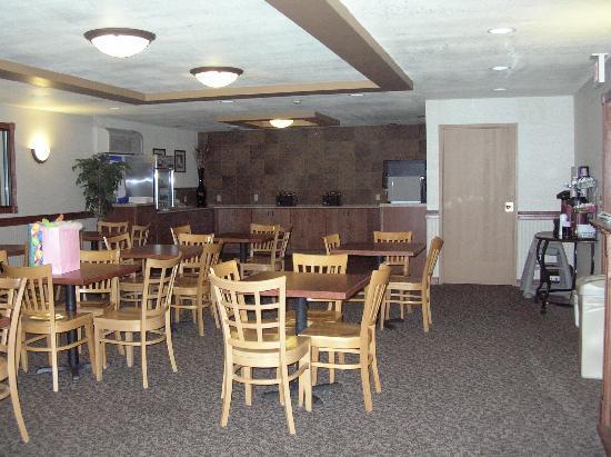 Comfort Inn Dickinson I-94: Breakfast Area