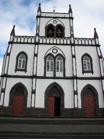 Casa Maria de Deus: next door neighbors