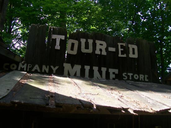 Tour-Ed Coal Mine: mine store
