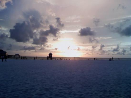เคลียร์วอเทอร์, ฟลอริด้า: sunset at clearwater beach