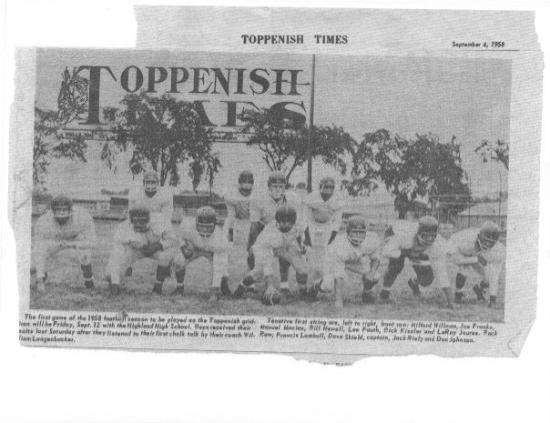Toppenish, واشنطن: it was a great year!!!1958 foorball team was the BEST. says Bill Newell '59