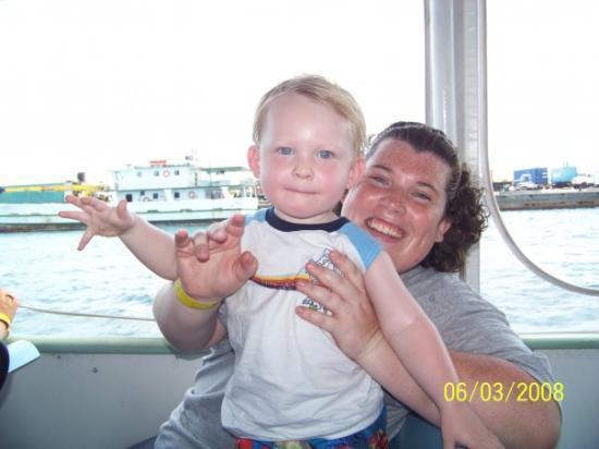 แนสซอ, New Providence Island: Me and little man on the ferry boat in the bahammas