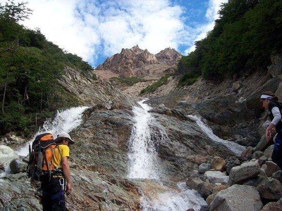 El Chalten, Argentina: Tratando de cruzar...