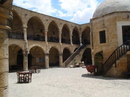 นิโคเซีย, ไซปรัส: North Nicosia - Buyuk Han
