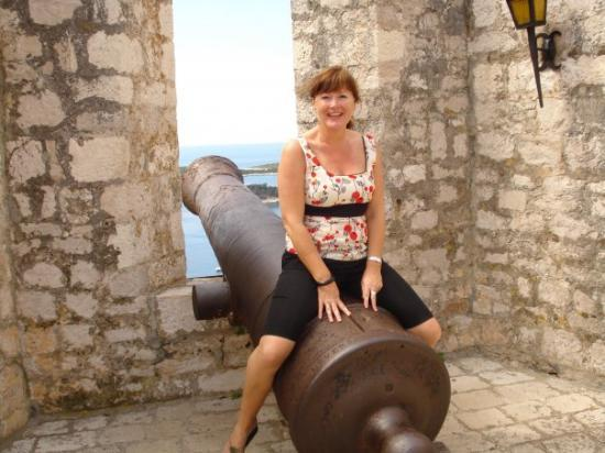 Korcula Island, โครเอเชีย: Don doing her best Cher impersonation...All wrong DON!!!