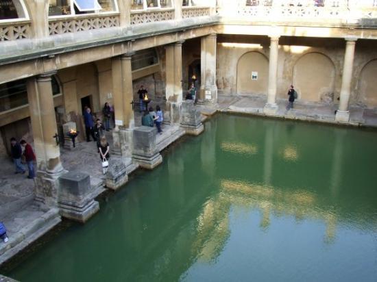 บาธ, UK: Roman Bath in Bath, England
