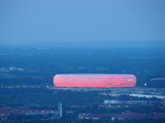 Allianz Arena: Munich Allianz-Arena zoomed