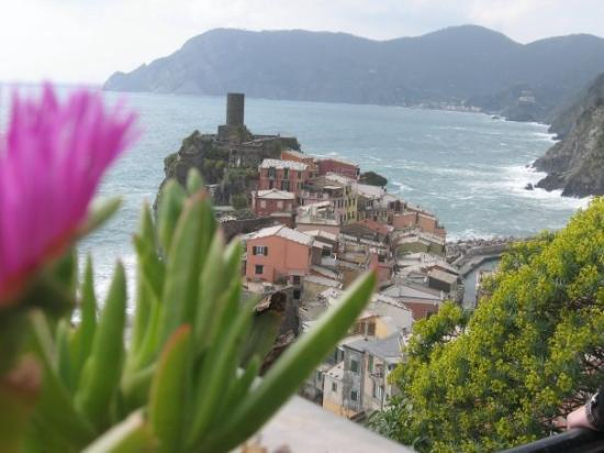 Vernazza's castle in the distance