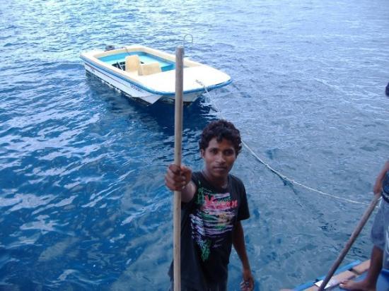 Shaviyani Atoll: Maldivas, agosto 2008 (Eram, el guerrero pakistaní)
