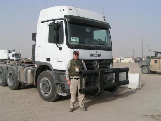 คูเวตซิตี, คูเวต: Getting ready to cross the border into Iraq.