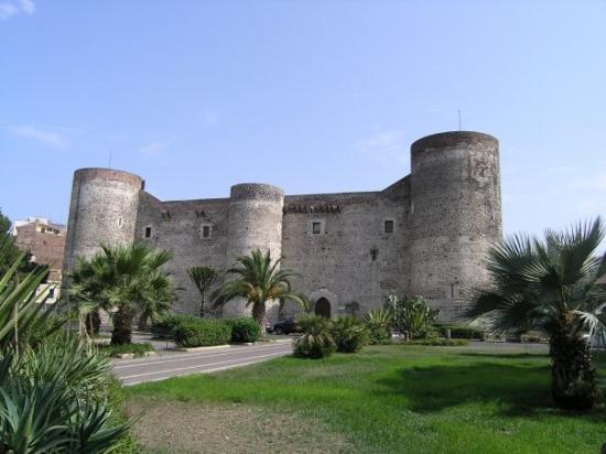 กาตาเนีย, อิตาลี: Italia ( Catania - Castello Ursino )