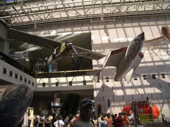 พิพิธภัณฑ์อากาศและอวกาศแห่งชาติ: Smithsonian Air & Space Museum