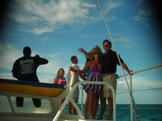 The Palms at Pelican Cove: New friends, Laura and Derick, woohoo,  on our Sunset Sail