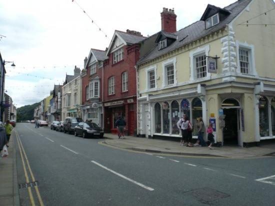 Beaumaris, UK: Beaumaris main street