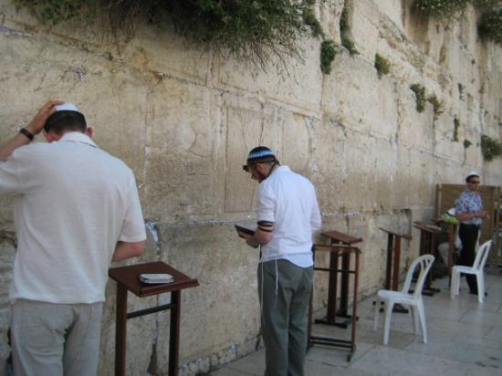 กำแพงร้องไห้: Kaddish for Opa.
