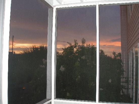 Wyndham Ocean Ridge: Sunset from the screened in porch