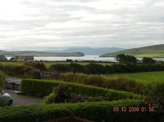 Brownes Bed & Breakfast Dingle: THE VIEW