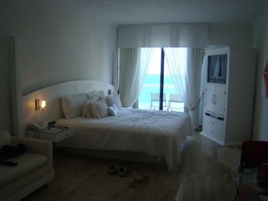 Bel Air Collection Resort & Spa Cancun: Our ocean view room at the Bel Air.