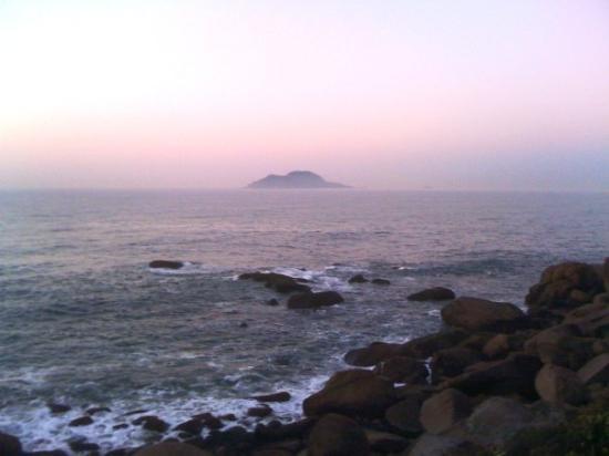 """กูอารูจา: Morning at """"galhetas"""" point"""