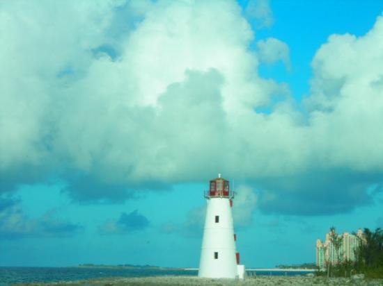 แนสซอ, New Providence Island: leaving Nassau - shot from my stateroom window
