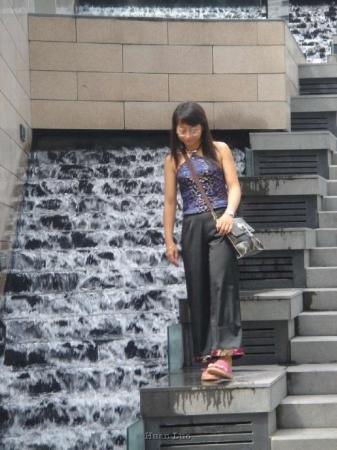 เซินเจิ้น, จีน: 6 May 2006  The Mix City Shenzhen China