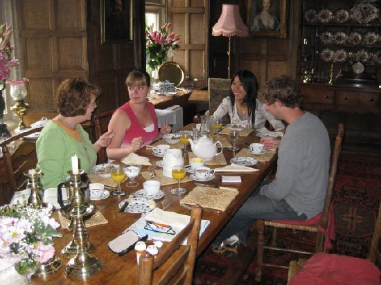 Cowbridge, UK : Breakfast in the Great Hall