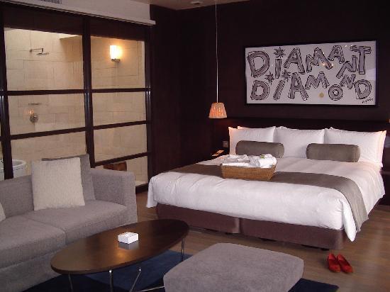 With the Style Fukuoka: ダブルスィートタイプ お風呂&ベッド