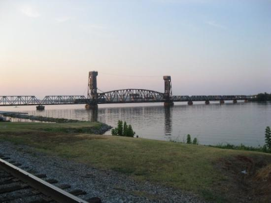 I LOVE the River Park - Picture of Decatur, Alabama