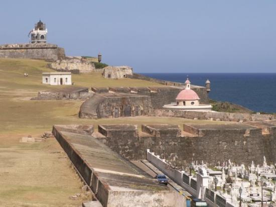 San Juan Cemetery: Old San Juan Fort and Cementary
