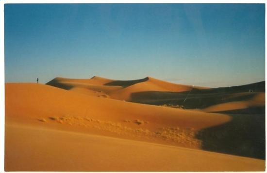 Erfoud, Marocco: marocco 1996  - dune di merzouga