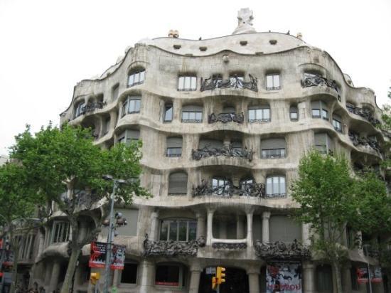 คาซามิลา: Pedrera - Gaudí