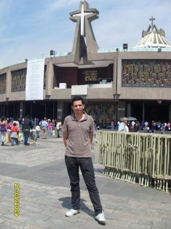 Basilica de Santa Maria de Guadalupe: Basilica de Guadalupe/ Virgin Mary of Guadalupe Basilica