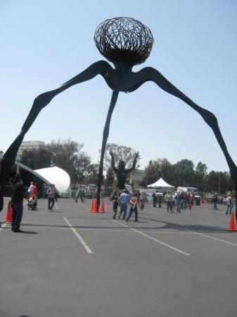 ซานโฮเซ, แคลิฟอร์เนีย: alien war of the worlds type thing