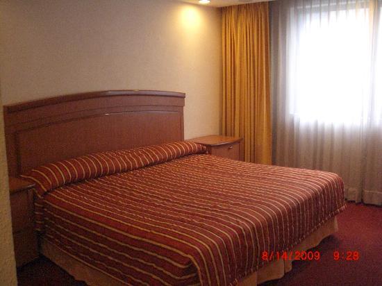 Hotel San Diego: ベッド