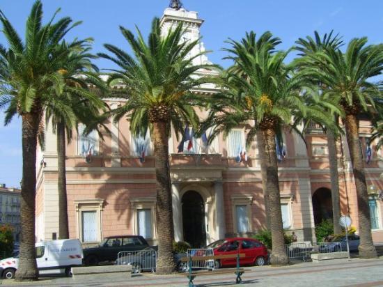 อายาชชอ, ฝรั่งเศส: Mairie d'Ajaccio.