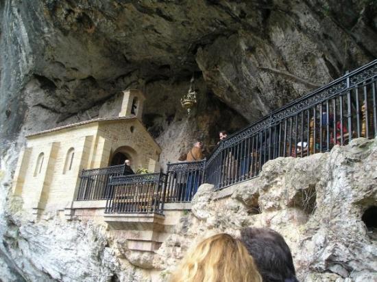 Covadonga, สเปน: Avilés, España