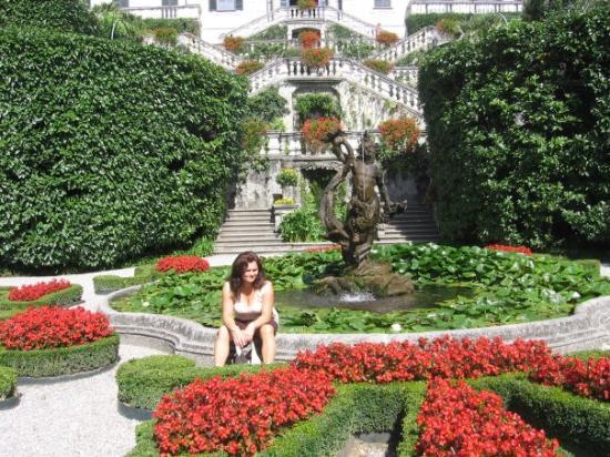 Nei giardini di villa carlotta foto di como lago di for Giardini foto ville