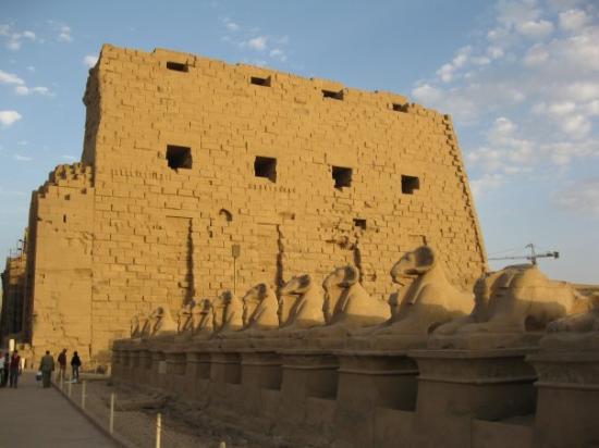 วิหารคาร์นัค: Temple of Karnak