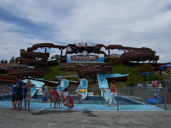 Birch Bay Waterslides: Main area