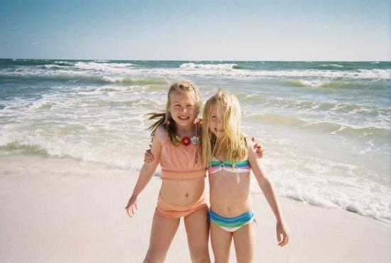 the girls on the beach picture of seagrove beach florida
