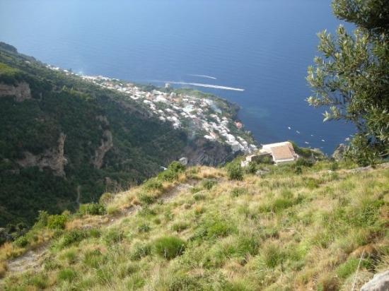 """ปราอิอาโน, อิตาลี: ... dal teatro naturale della Costa d'Amalfi """"Sentiero degli Dei"""" Vista su Vettica Maggiore - Pr"""